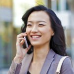 cell-phone-use-dorval-physiotherapy-in-oakville