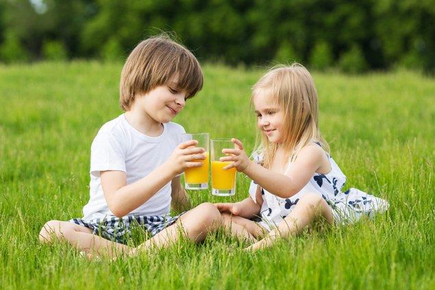 Kids-Fruit-Jiuce-Oakville-Physiotherapy